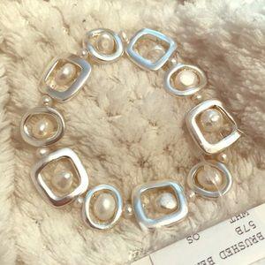 Fresh Produce Geo Pearl Bracelet